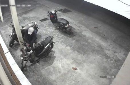 Terpantau CCTV, Pencuri Sepeda Motor Diringkus Satu Masih Buron