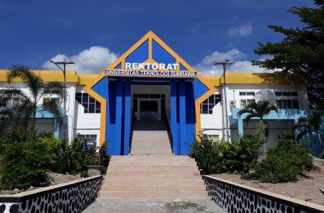 Rektor UTS Janjikan Beasiswa Penuh untuk Mahasiswa Pulau Moyo