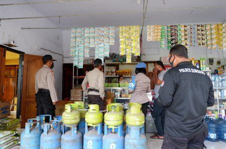 Toko Sembako Digerebek Puluhan Botol Miras Disita