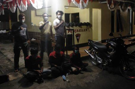 Brimob Sumbawa Gulung Kawanan Maling Motor Saat Asyik Pesta Sabu