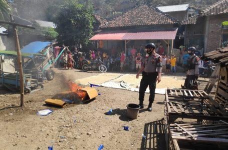 Lokasi Sabung Ayam Digerebek Polisi, Gelanggang Dibakar Ayam Dipotong